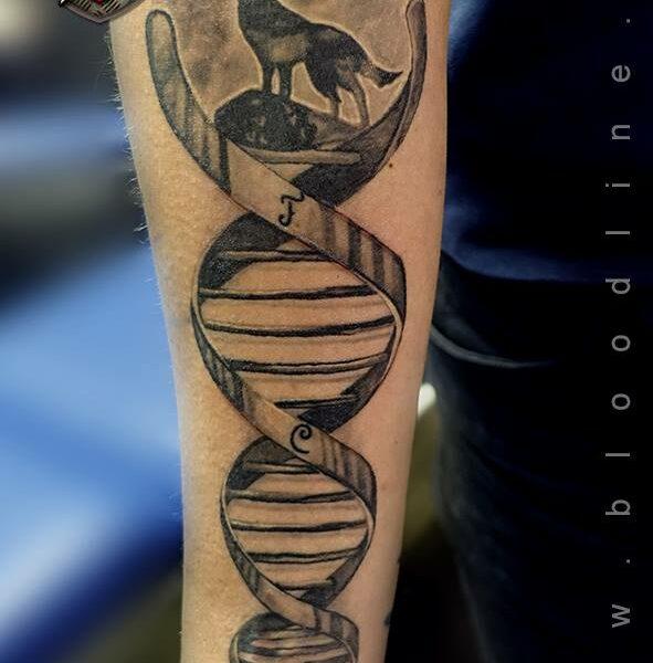 DNA by Bram@bloodlineTattoo.nl
