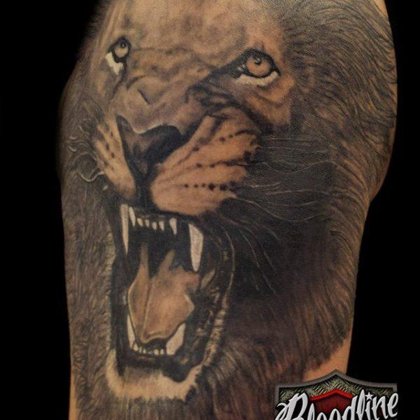 Lion by Bram@bloodlineTattoo.nl